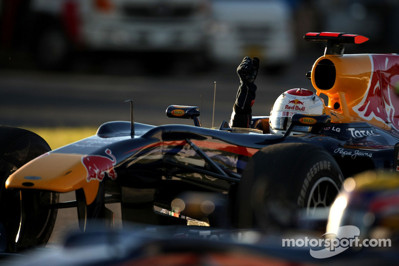 2010. Первые титулы с Red Bull и Феттелем