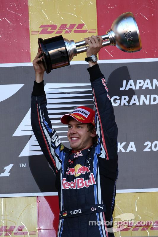 Podium : le vainqueur Sebastian Vettel, Red Bull Racing