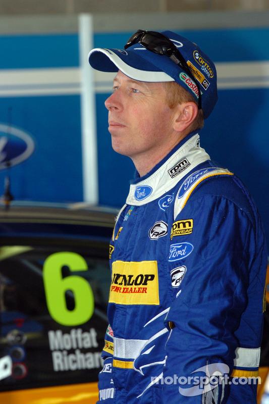 Steven Richards, Dunlop Super Dealer Racing