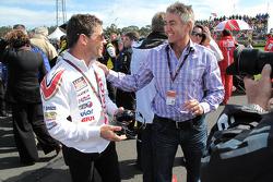 Менеджер команды LCR Honda MotoGP Лучио Чеккинелло и Мик Дуэн
