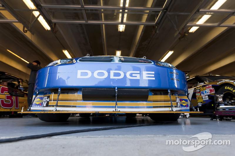 Auto van Kurt Busch, Penske Racing Dodge