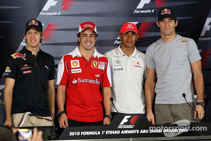 Sebastian Vettel, Red Bull Racing, Fernando Alonso, Scuderia Ferrari, Lewis Hamilton, McLaren Mercedes, Mark Webber, Red Bull Racing