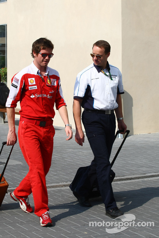 Rob Smedley, Scuderia Ferrari, Chief Engineer Felipe Massa met Gerry Hughes van Cosworth