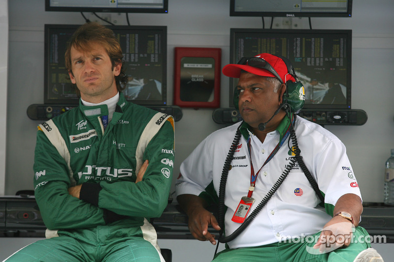 Jarno Trulli, Lotus F1 Team and Tony Fernandes, Lotus F1 Team, Team Principal