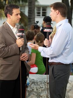 NASCAR Championship drive event in South Beach: Denny Hamlin, Joe Gibbs Racing Toyota