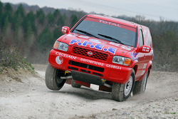 Team Dessoude: David Deslandes test de Nissan Pathfinder T2