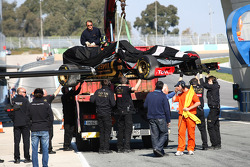 Vitaly Petrov, Lotus Renault GP span of the circuit at turn 2
