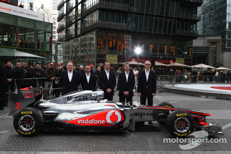 Neil Oatey, McLaren, Executive Director Engineering, Paddy Lowe McLaren Engineering Director, Jonath