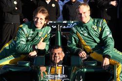Lotus team photo, Jarno Trulli, Team Lotus, Tony Fernandes, Team Lotus, Team Principal, Heikki Kovalainen, Team Lotus