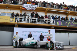 Nico Rosberg, Mercedes GP F1 Team with Ross Brawn Team Principal, Mercedes GP, Norbert Haug, Mercedes, Motorsport chief and Michael Schumacher, Mercedes GP F1 Team