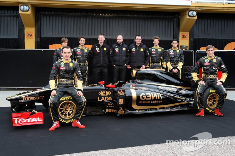 Robert Kubica, Lotus Renault GP, Jan Charouz, Bruno Senna, Gerard Lopez Genii Capital, Lotus Renault GP, Eric Boullier, Team Principal, Lotus Renault GP, Romain Grosjean, Ho-Pin Tung, Vitaly Petrov, Lotus Renault GP