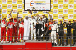 Podium: race winners Augusto Farfus, Edward Sandström, Tom Milner, Claudia Hürtgen, second place Eppe Perazzini, Michal Broniszewski, Lorenzo Case, Marco Cioci, third place Thomas Jäger, Kenneth Heyer, Jan Seyffarth, Sean Paul Breslin