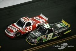 Ron Hornaday, Kevin Harvick Inc Chevrolet and Nelson A. Piquet, Kevin Harvick Inc Chevrolet
