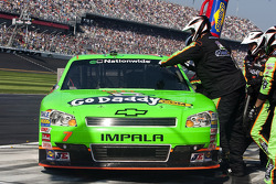 Pit stop for Danica Patrick, JR Motorsport Chevrolet