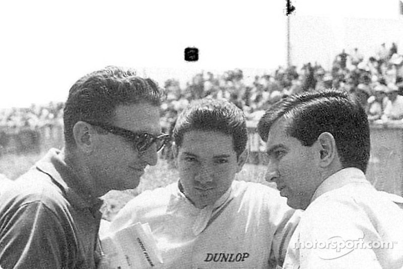 Интерес к гонкам в стране резко подскочил после того, как два местных пилота, Педро и Рикардо Родригес, стали добиваться громких успехов и получили приглашение в Ferrari.