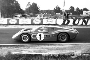 Dan Gurney and A.J. Foyt (1) in a GT-40 Mark IV