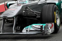 Detalles técnicos del Mercedes GP, suspensión delantera