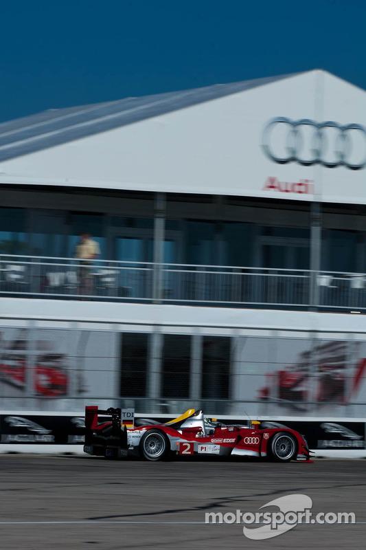 L'Audi R15 TDI N°2 de Rinaldo Capello, Tom Kristensen, Allan McNish