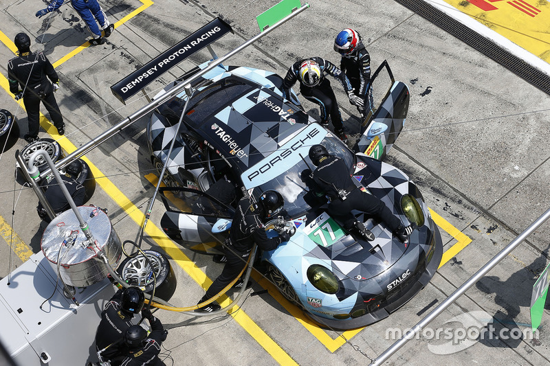 #77 Dempsey Proton Competition, Porsche 911 RSR