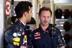Christian Horner, teambaas Red Bull Racing met Daniel Ricciardo