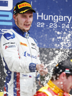 Sergey Sirotkin, ART Grand Prix celebrates on the podium