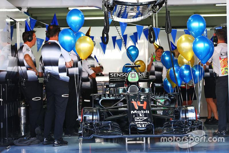 McLaren: 4 очка