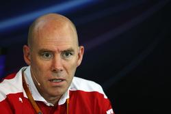 Jock Clear, Director de ingeniería de Ferrari en la Conferencia de prensa FIA