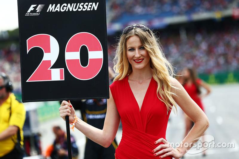 Chica de la parrilla para Kevin Magnussen, Renault Sport F1 Team