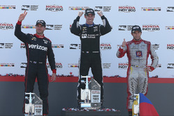 Podium: race winner Simon Pagenaud, Team Penske Chevrolet, second place Will Power, Team Penske Chevrolet, third place Carlos Munoz, Andretti Autosport Honda