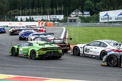 #19 GRT Grasser Racing Team, Lamborghini Huracan GT3: Michele Beretta, Andrea Piccini, Luca Stolz. BMW Team Italia, BMW M6 GT3: Max Koebolt, Giorgio Roda, Stefano Colombo, Martin Tomczyk
