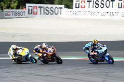 Aron Canet, Estrella Galicia 0,0, Honda; Bo Bendsneyder, Red Bull KTM Ajo, KTM; Gabriel Rodrigo, RBA Racing Team, KTM