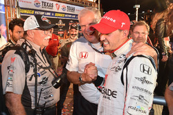 Race winner Graham Rahal, Rahal Letterman Lanigan Racing Honda