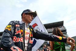 Max Verstappen, Red Bull Racing op de startopstelling