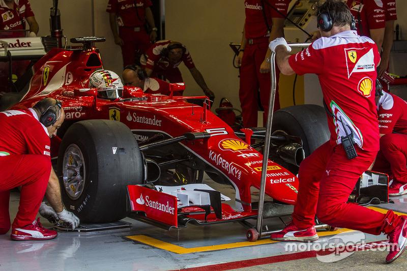 Себастьян Феттель, Ferrari SF15-T тестує шини Pirelli зразку 2017