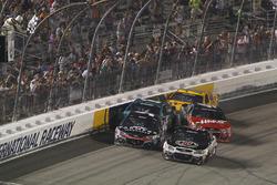 Dreher bei Zieldurchfahrt: Kurt Busch, Stewart-Haas Racing, Chevrolet