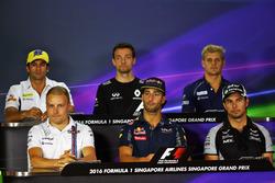 Pressekonferenz: Felipe Nasr, Sauber F1 Team; Jolyon Palmer, Renault Sport F1 Team; Marcus Ericsson, Sauber F1 Team; Valtteri Bottas, Williams; Daniel Ricciardo, Red Bull Racing; Sergio Perez, Sahara Force India F1