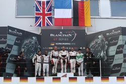 Podium AM-Cup: Sieger #87 AKKA ASP, Mercedes-AMG GT3: Maurice Ricci, Jean-Luc Beaubelique, Gilles Vannelet; 2. #30 Team Parker Racing, Bentley Continental GT3: Derek Pierce, Chris Harris; 3. #333 Rinaldi Racing, Ferrari 488 GT3: Pierre Ehret, Rinat Salikhov