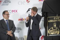Federico Gonzalez Compean, Geschäftsführer von CIE, mit Adrian Fernandez