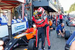 Il vincitore della gara Hugo De Sadeleer, Tech 1 Racing con il secondo classificato Dorian Boccolacci, Tech 1 Racing