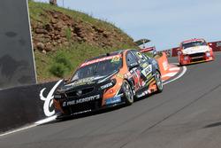 Nick Percat y Cameron Mcconville, Lucas Dumbrell Motorsport Holden