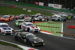 Partenza: #34 TF Sport Aston Martin Vantage GT3: Salih Yoluc, Euan Hankey al comando