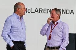 Ron Dennis, McLaren, Martin Brundle, a Sky Sports tudósítója