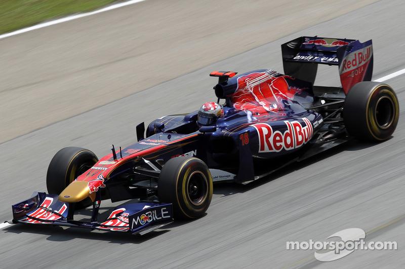 2011 : Toro Rosso STR6, à moteur Ferrari