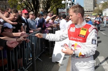 Mattias Ekstrom still very popular with the DTM fans