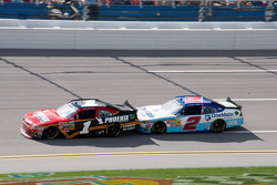Jamie McMurray et Elliott Sadler