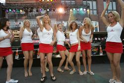 John Street party: Molson Canadian girls go wild on the dance floor