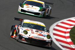 #34 Haruhiracing Hankook Porsche: Hiroshi Takamori, Michael Kim, Naoya Gamou