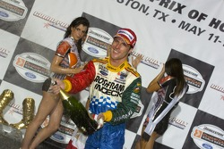 Podium: champagne for Mario Dominguez