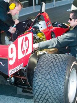 RuSPORT mechanics works on #10 car of AJ Almendinger