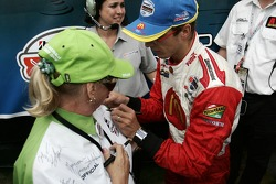 Champ Car World Series 2006 champion Sébastien Bourdais signs autographs